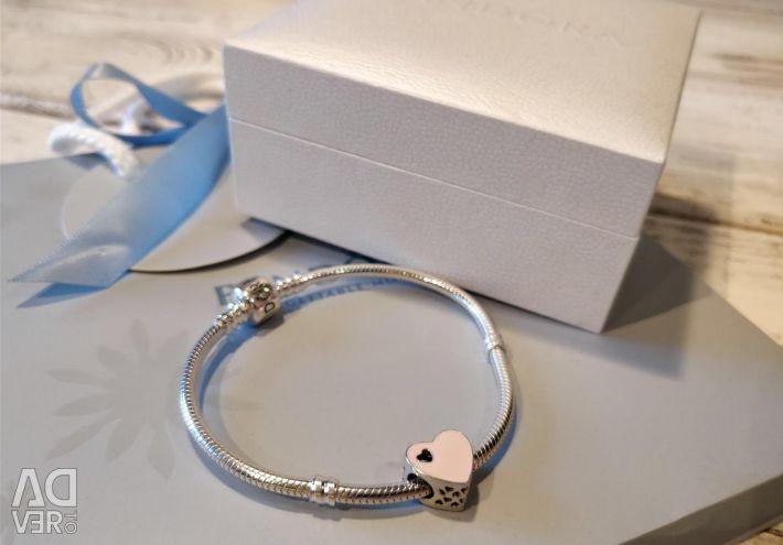 Pandora bracelet Pandora
