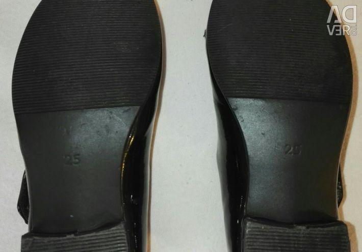 Pantofi p.25