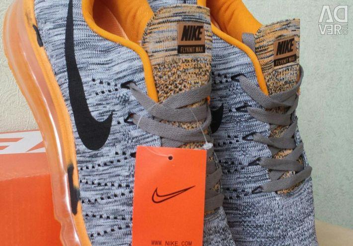 Кросівки Nike Air Max Flyknit