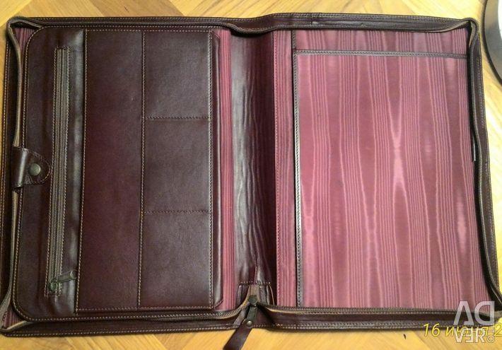 Zipper folder