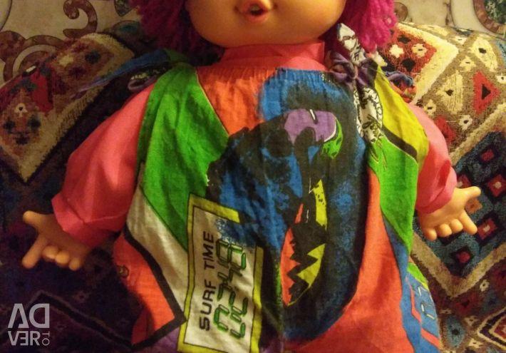 Amazing beauty doll large