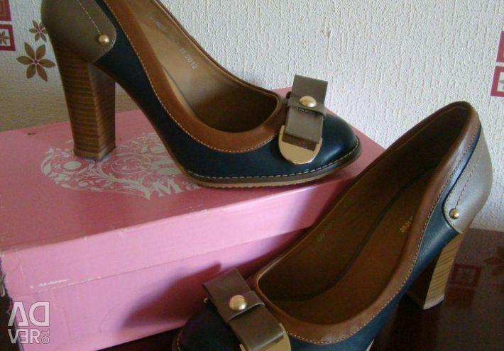 Туфли 👠 новые размер 39