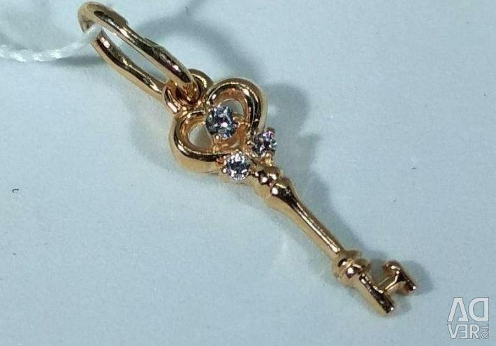 Urgent sale📲 Gold pendant with cubic zirconias