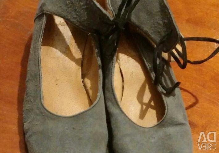 Ayakkabı boyutu 37