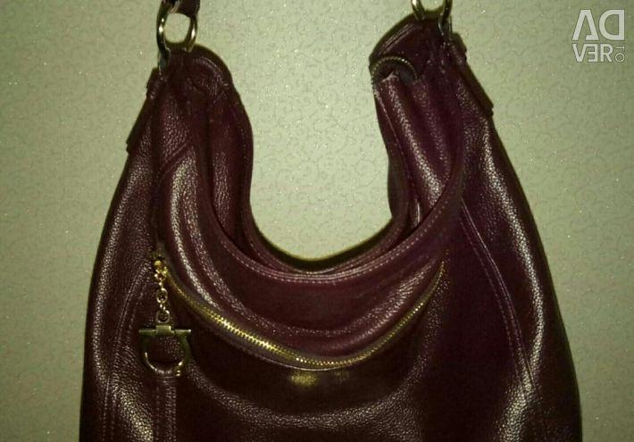 Kadın çantası deri Salvatore Ferragamo