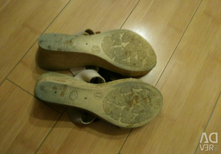 Sandals 37r.