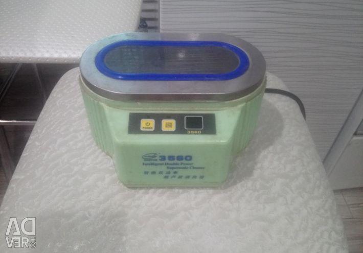 Ultrasonic bath 3560