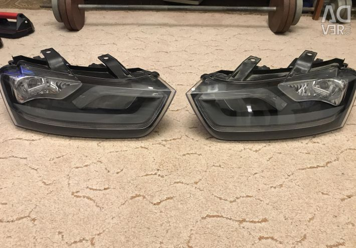 Headlights Audi Q3