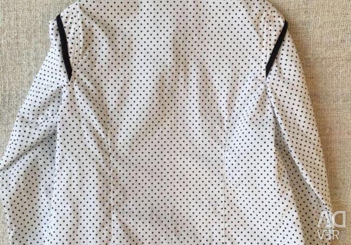 Bluza Alessandro Manzoni pentru o fată de 6 ani