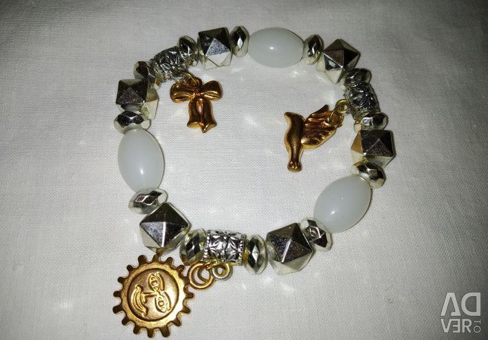 Bracelets made of natural stones