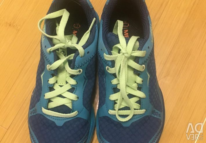 Selling new sneakers