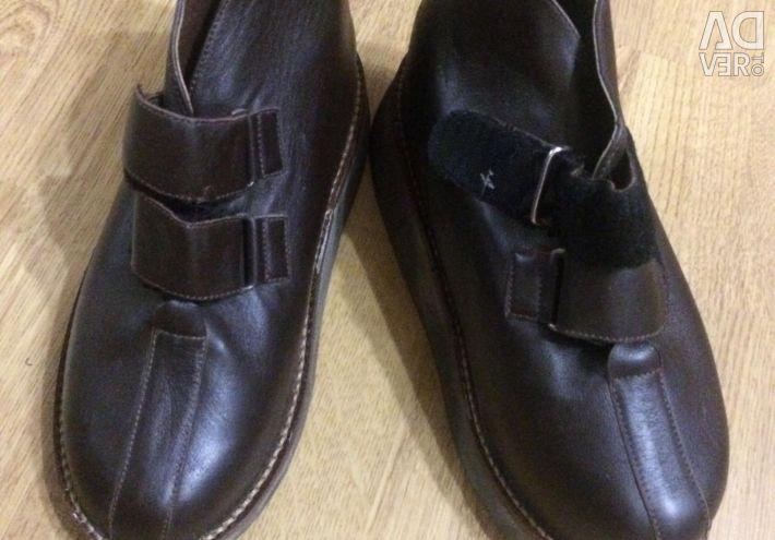 Γνήσια νέα ορθοπεδικά παπούτσια