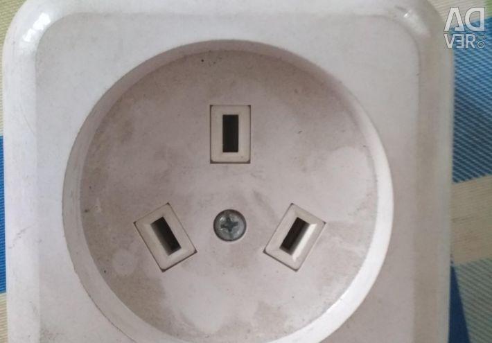 Socket for hob or oven