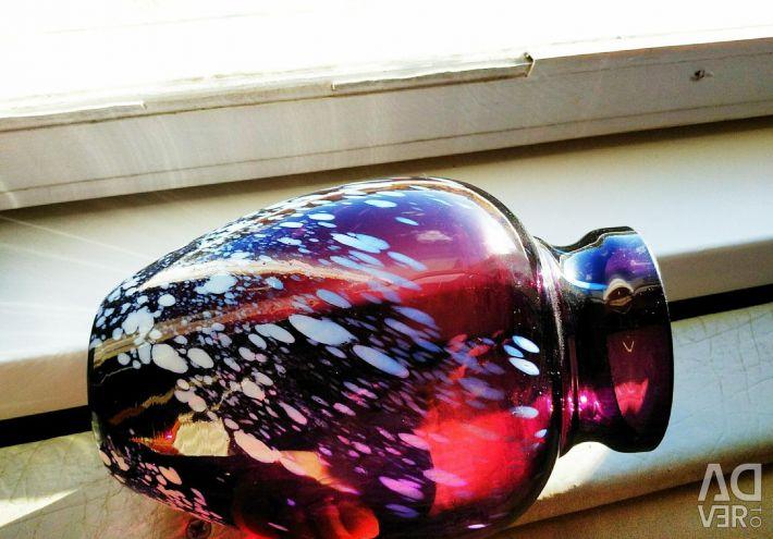 Vaza de sticlă de mangan