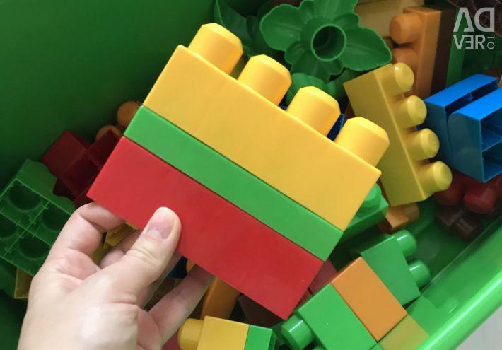 Κατασκευαστής Mega Block
