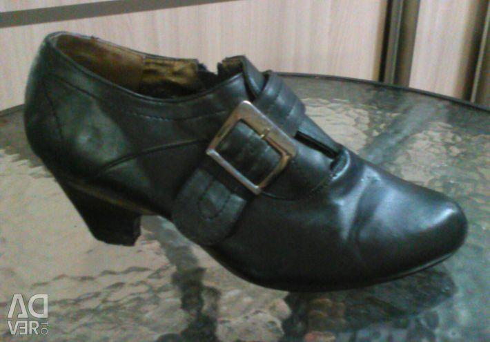 Shoes37,5