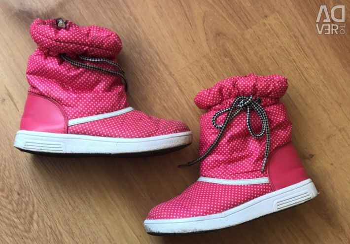 Boots ducky for a girl 32-33size