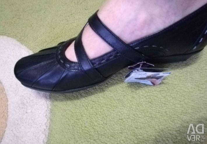 Туфлі Caprice