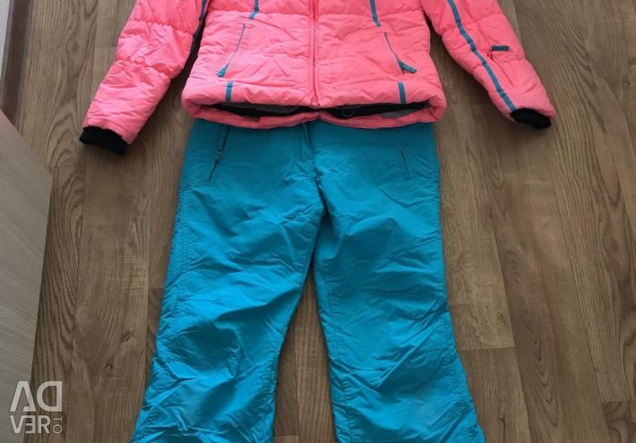 Winter suit (skiing)