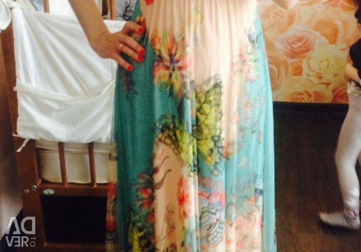 New elegant light dress