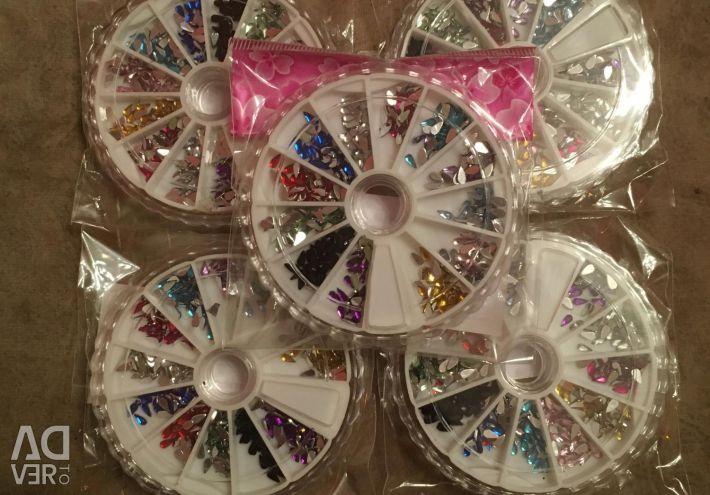 Karuselka - beads; rhinestone droplets
