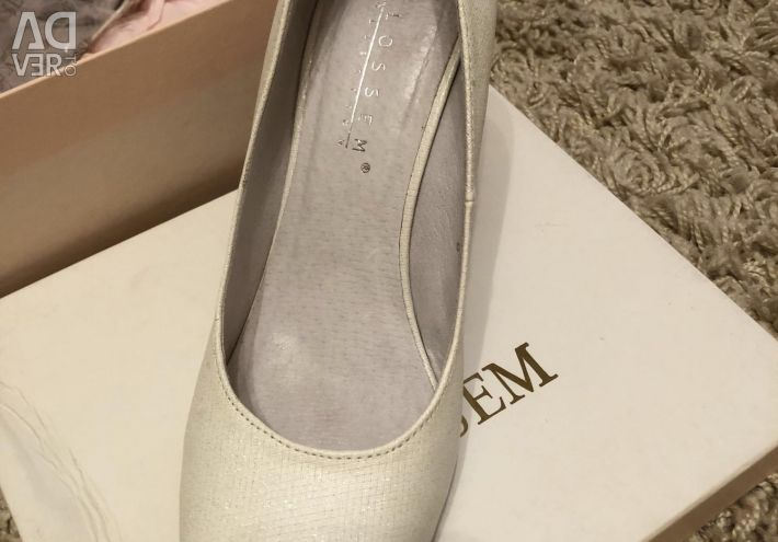 Παπούτσια γάμου μεγέθους 29