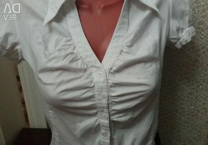 Blouse White Plus T-Shirt