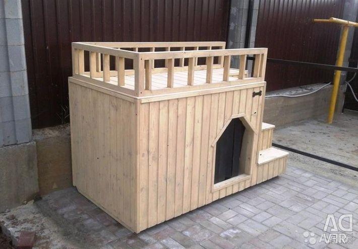 Büyük bir köpek için 2 katlı kabin