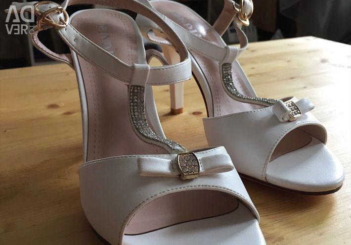 Women's shoes 37 size