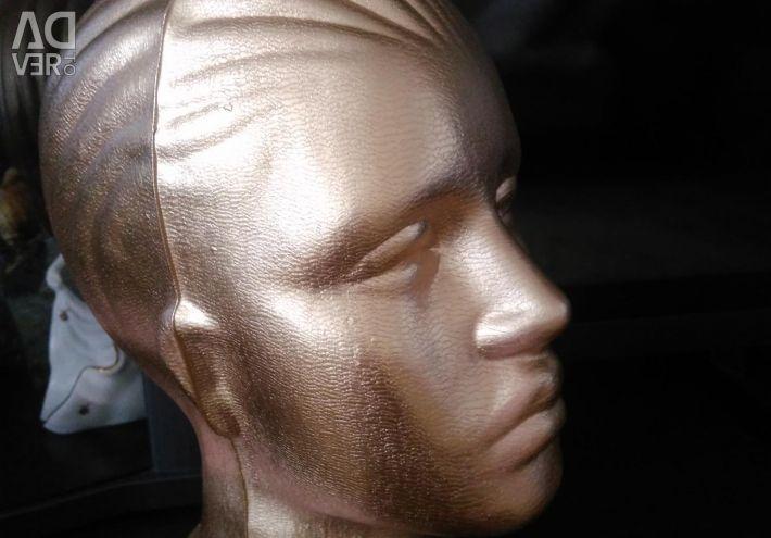 Color mannequin head