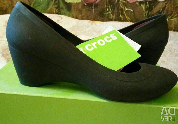Pantofi ortopedici, Crocs, original