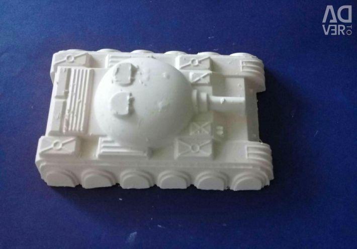 Plaster figurines