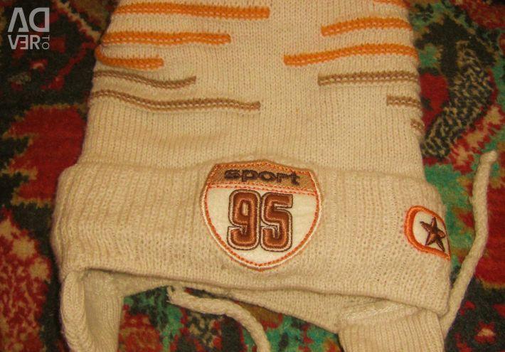 Hats. Gloves. mittens.