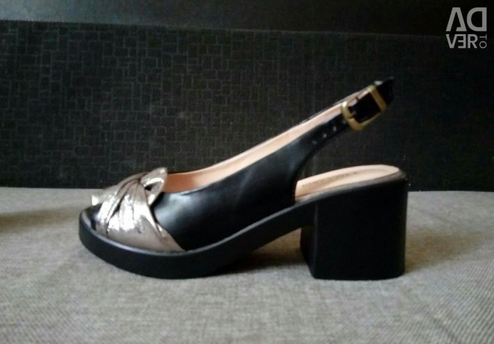 Sandals new rr 37
