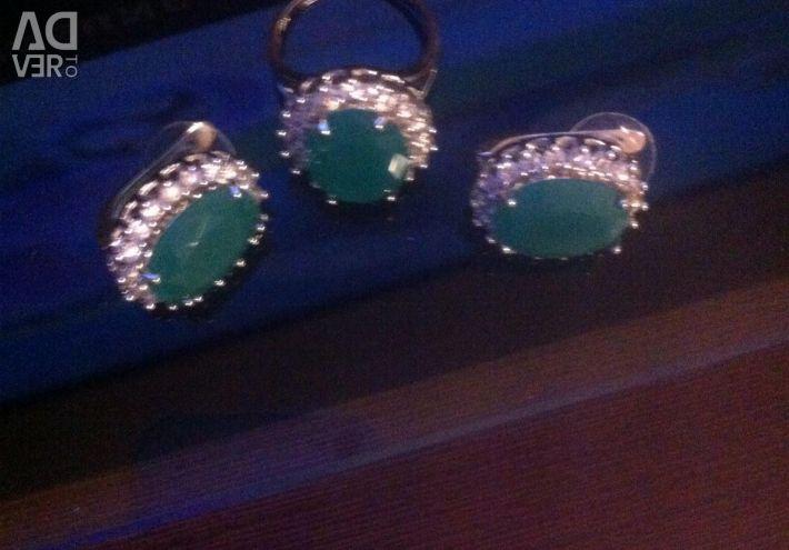 Luxury ring and earrings !!!