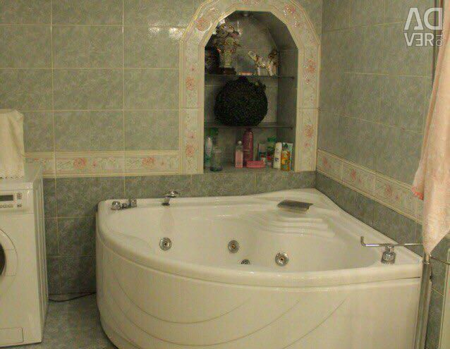 Apartment, 5 or more rooms, 250 m²