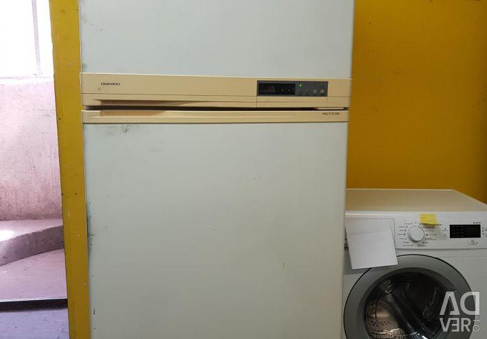 Ιαπωνικό ψυγείο Daewoo