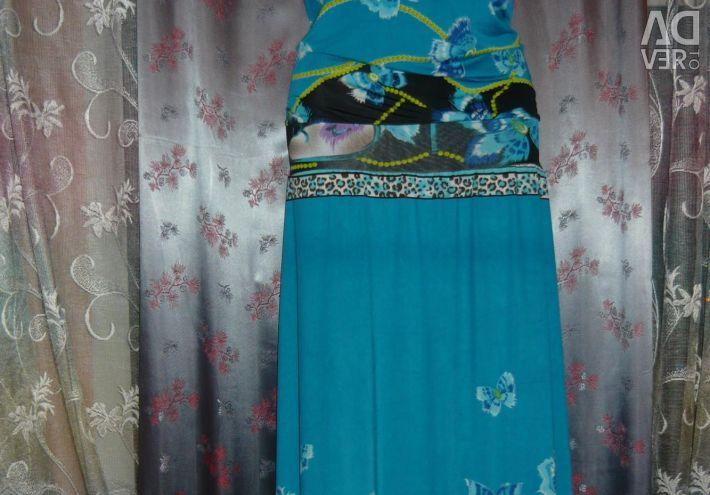 Φόρεμα στο πάτωμα 44-46