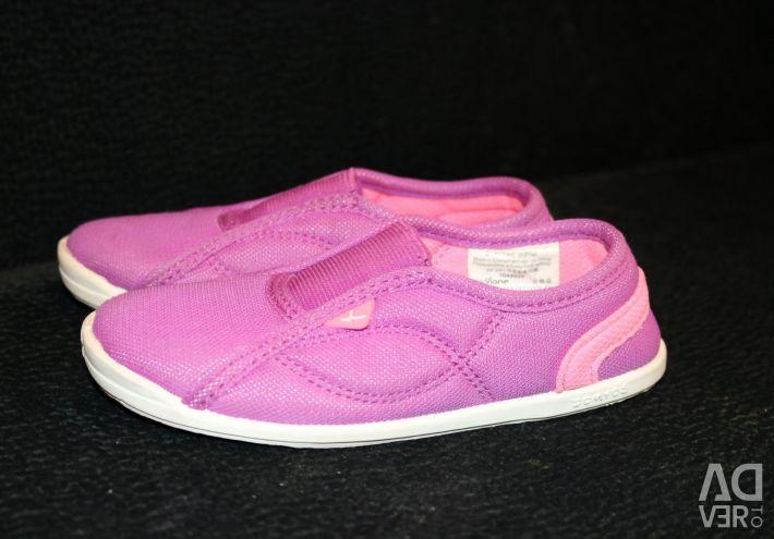 Sport slippers