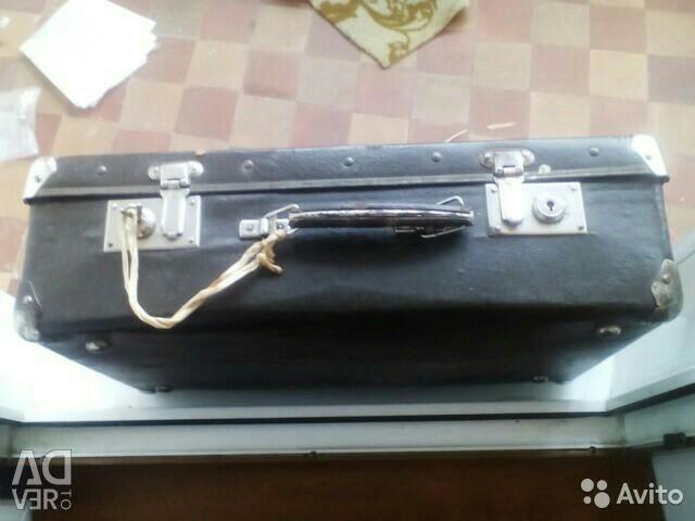 Vintage βαλίτσα μεταπολεμική ώρα