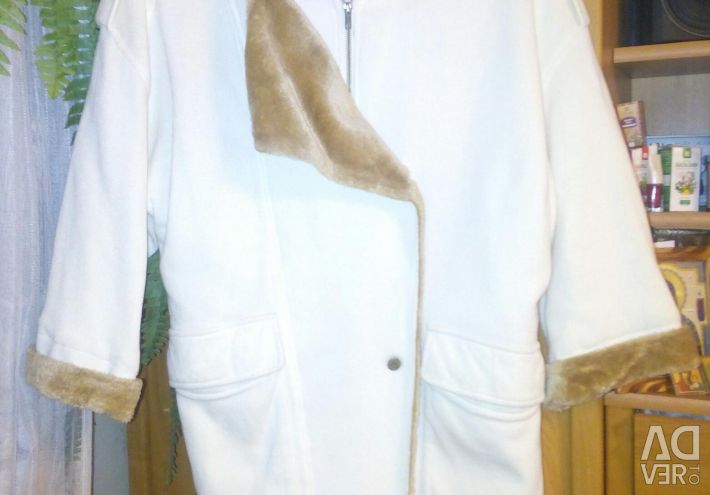 Легке Пальто