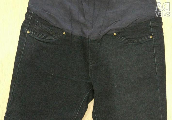 Jeans și pantaloni de maternitate