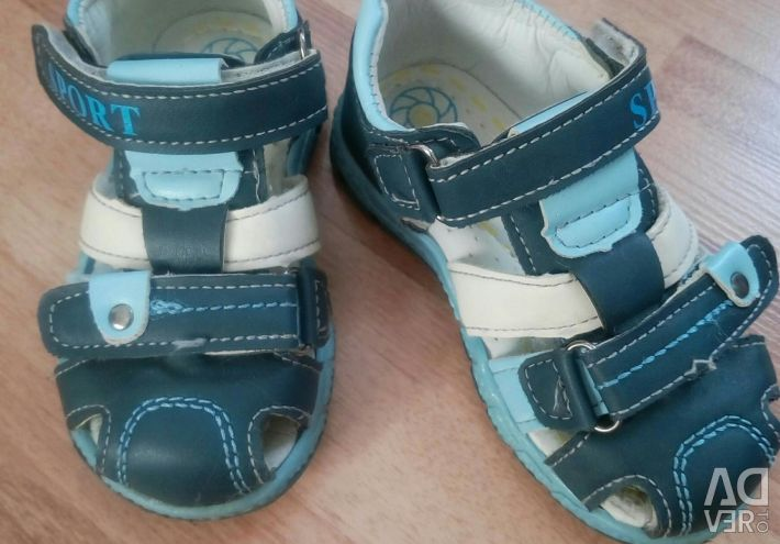 Sandals 14-14.5 insole