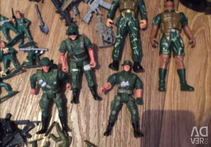 Oyuncak askerler