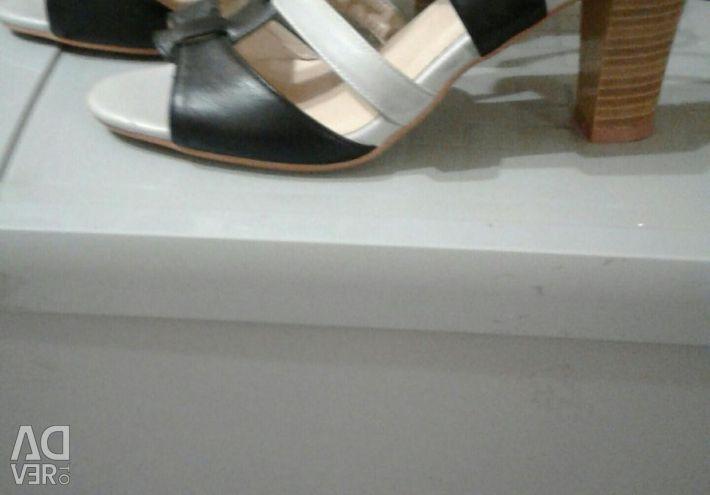 Sandaletler 37p