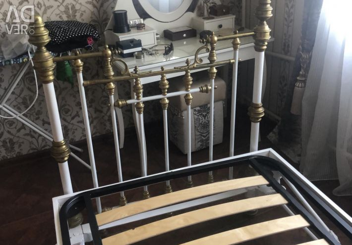 Bed, antique bed