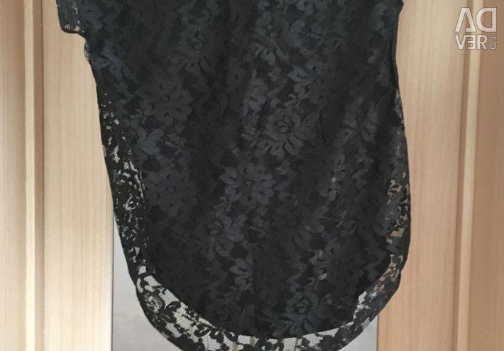 Μπλουζάκι με δαντέλα στην πλάτη, μέγεθος 40-42