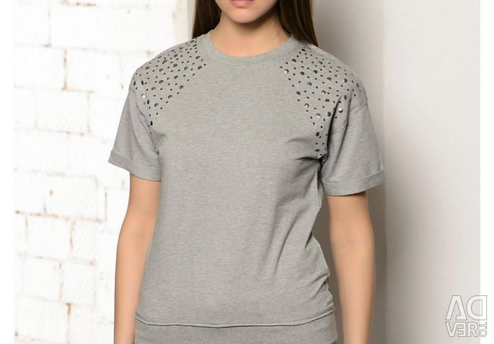 New T-shirt 40-42
