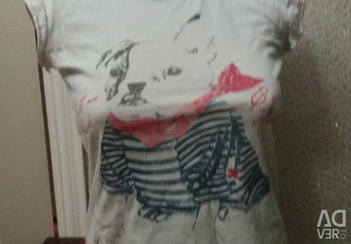Shirt plus a gift white T-shirt