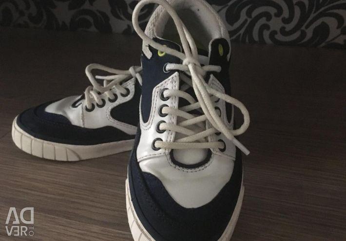 Sneakers Zara, 27 size.